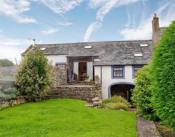 Croft House Barn in Blindcrake, near Cockermouth in Cumbria sleeps 12 people