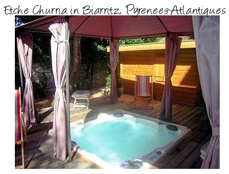 Etche Churria is a holiday gite in the Biarritz area of France, this holiday cottage also boasts a hot tub