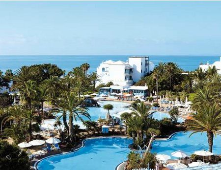 Los Jameos Playa in Playa de los Pocillos, Lanzarote is an all-inclusive hotel next to the beach