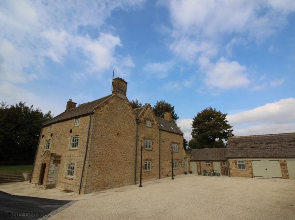 Tew Farmhouse in Chipping Norton