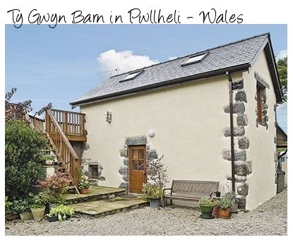 Rent Ty Gwyn Barn in Pwllheli for a rural romantic break
